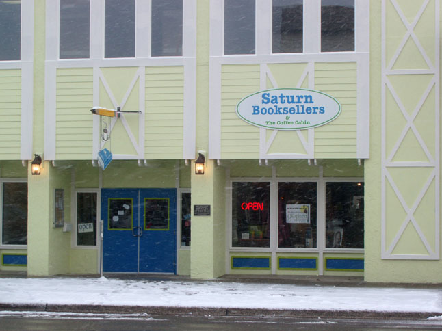 Up North Bookstores: Saturn Booksellers